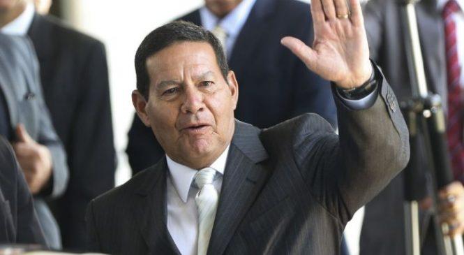 General Mourão critica Bolsonaro pelos erros no combate a pandemia