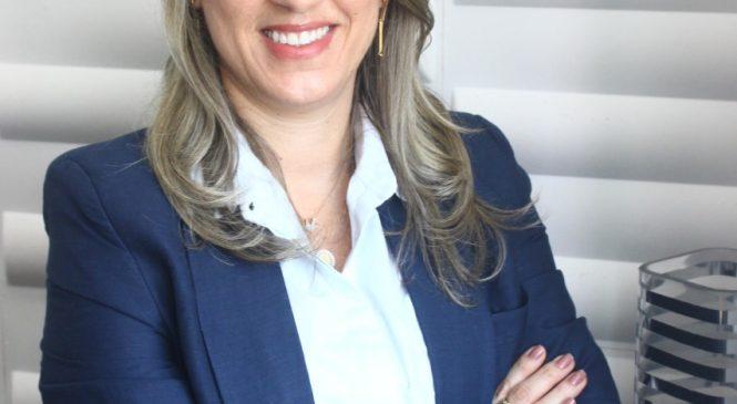 Suzana Bezerra assume a gerência financeira da Santa Casa de Maceió