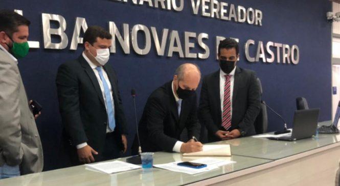 Câmara de Vereadores Maceió empossa vereador Alan Balbino