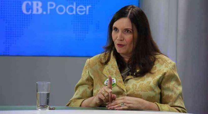 CCJ da Câmara barra proposta de Bia Kicis para impeachment de ministros do STF