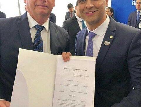 JHC quer levar Bolsonaro para ver 'in loco' a tragédia da Braskem no Pinheiro
