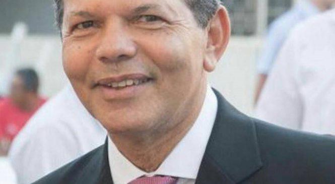 Promotoria ajuíza ação contra ex-prefeito Francisco Luiz de Albuquerque, o Chivo Vigário