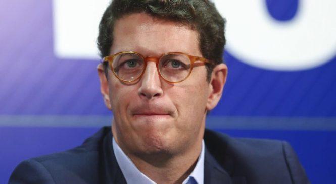 Federal revela operações financeiras suspeitas do ministro Salles no escritório da mãe
