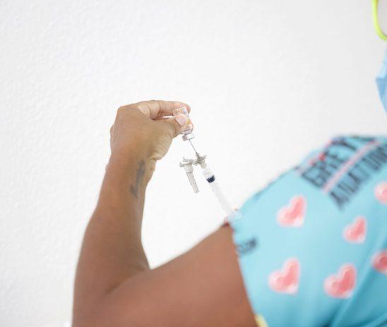 Maceió começa a vacinar pessoas em situação de rua nesta quarta
