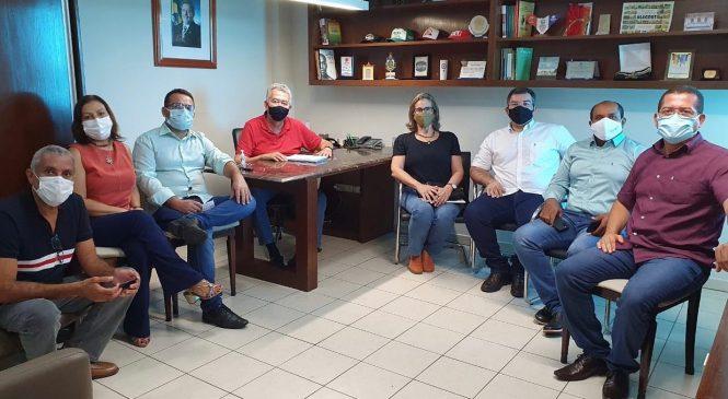 Paulão diz que piso salarial nacional para enfermeiros é fazer justiça aos profissionais