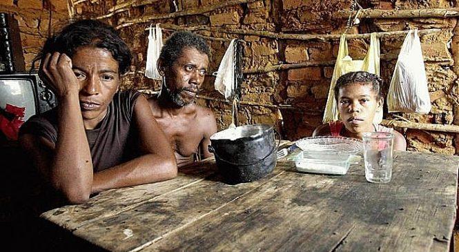 Mais de 19 milhões vivem em desgraça e passam fome no Brasil que só cuida da elite
