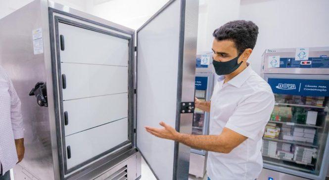JHC entrega novos congeladores  para a Central de Frio de Maceió