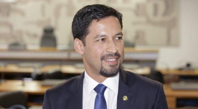 Senado aprova projeto de Rodrigo Cunha que aumenta punição de crimes na internet