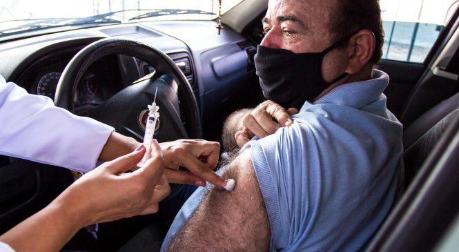 Maceió vacina hoje pessoas com 57 anos