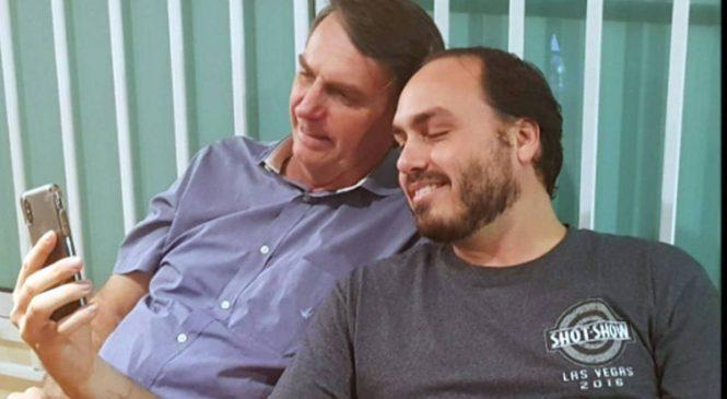 Endereço de Jair Bolsonaro foi usado por funcionários fantasmas de Carlos Bolsonaro