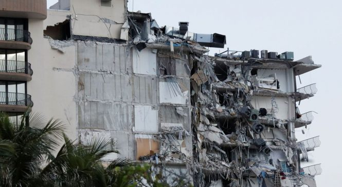 Quase 100 pessoas estão desaparecidas após desabamento de prédio na Flórida