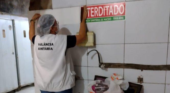Vigilância Sanitária de Maceió interdita três padarias e apreende 810 kg de alimentos estragados