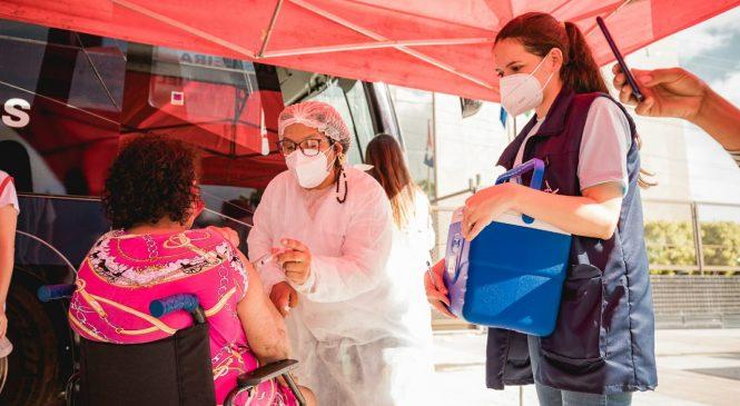 Ônibus da vacina chega à Santa Lúcia neste sábado