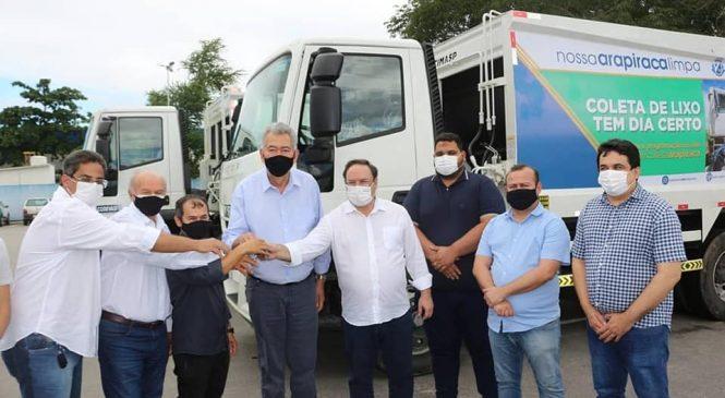 Depois de destinar R$ 22 milhões em emendas para Arapiraca, Paulão entrega 2 compactadores