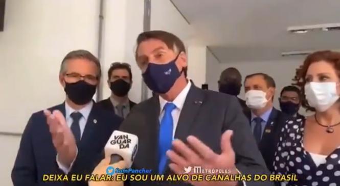 Irritado com protestos, Bolsonaro diz ser alvo de canalhas e petralhas