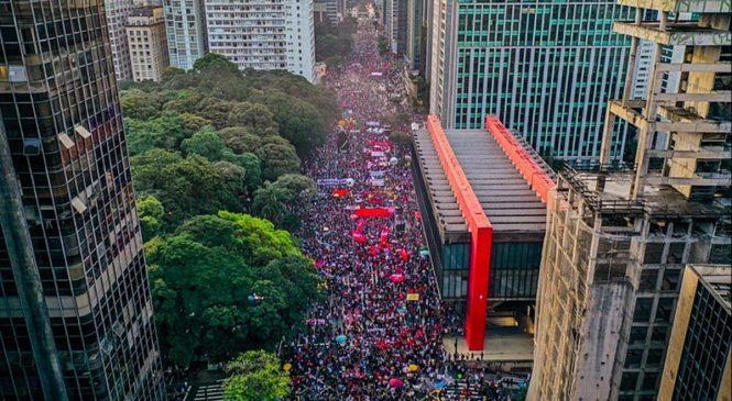 Oposição convoca novo protesto contra governo Bolsonaro para sábado, dia 19