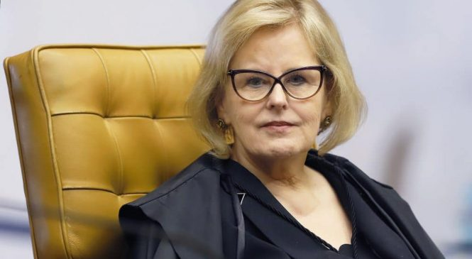 Ministra Rosa Weber, do STF, pede a PGR abertura de inquérito contra Bolsonaro por prevaricação