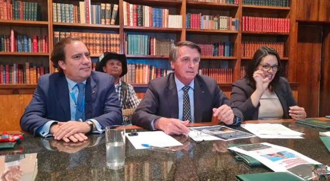 Lives de quinta: O que Bolsonaro mentiu sobre urnas, Coronavac, OMS e desemprego