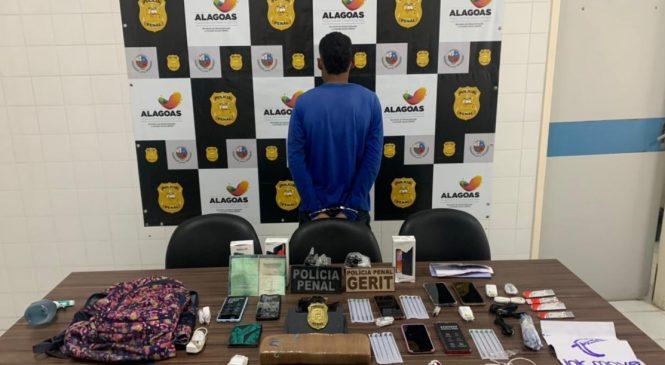 Terceirizado da Seris é preso por entregar droga e celulares a reeducando do Baldomero