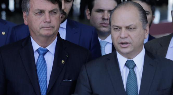 Bolsonaro se encontra 10 vezes com Ricardo Barros e ameaça acabar CPI com Forças Armadas