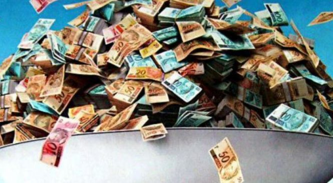 Desgoverno: Centrão aumenta para R$ 5,7 bi dinheiro do fundo partidário em 2022