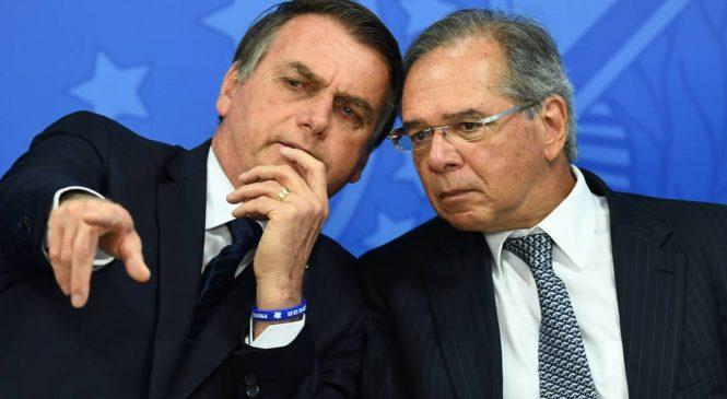 Bolsonaro faz alerta para grave crise elétrica e Guedes sugere nem chorar com alta da energia