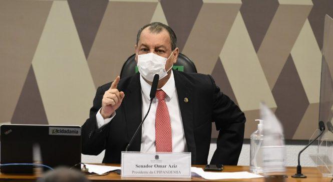 Omar Aziz diz que Bolsonaro cometeu 'crimes sérios' na pandemia, mas não de genocídio