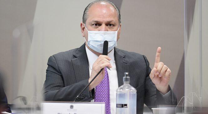 Barros confronta senadores na CPI, nega crimes e diz que não foi 'acusado' por Bolsonaro