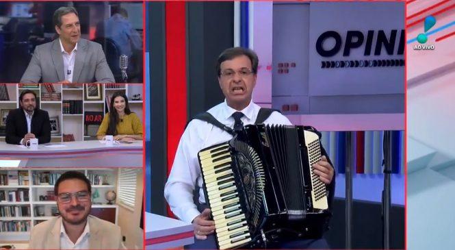 Vídeo: De sanfona, ministro do Turismo toca Pink Floyd no programa de Lacombe na RedeTV!