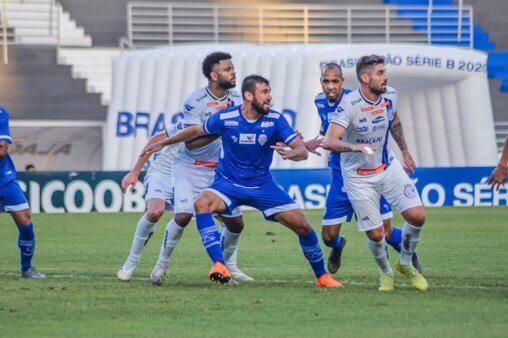 Com dois ataques letais CSA vence o Confiança em Sergipe por 2 a 0