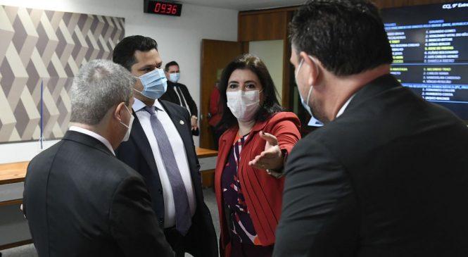 Sem coligações, CCJ do Senado aprova PEC da reforma eleitoral