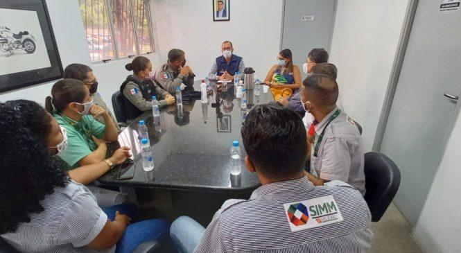SMTT dialoga para resolver situação das atividades da empresa Veleiro