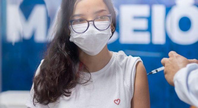 Prefeitura prossegue com vacinação de todos os maceioenses com 12 anos ou mais