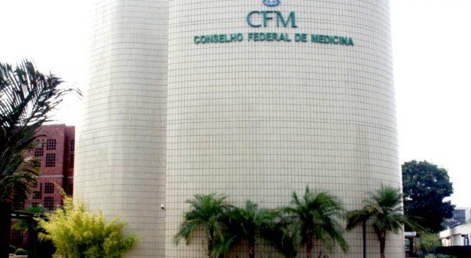Defensoria Pública cobra na justiça R$ 60 milhões do CFM por ainda indicar Kit Covid