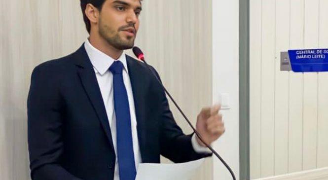 Catunda rebate veto ao seu PL que obriga ospitais a notificarem uso de drogas em crianças e adolescentes