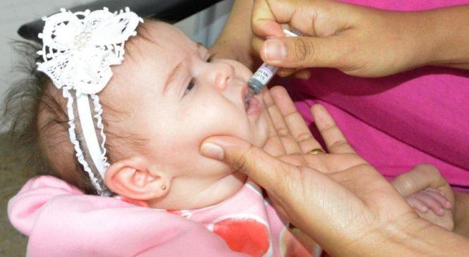 Alagoas inicia campanha para atualização da caderneta de vacinação da criança e do adolescente