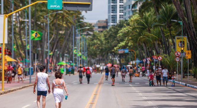 Outubro Rosa: Secretaria de Esporte realiza ação na orla de Maceió neste domingo