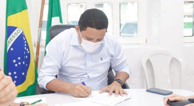 Prefeitura de Palmeira envia à Câmara PLs para gratificação por desempenho aos servidores da Saúde