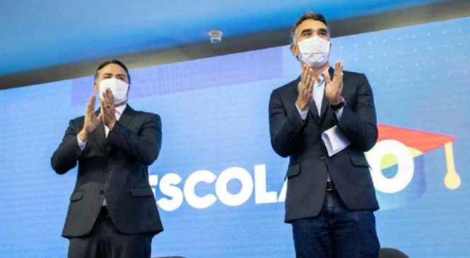 Governo de Alagoas anuncia distribuição de kits menstruais para alunas da rede estadual